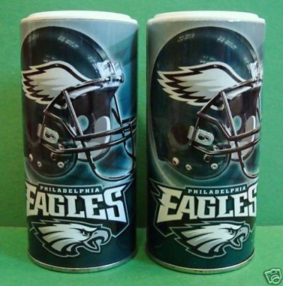 BRAX3D Philadelphia Eagles Salt And Pepper Game Day Shakers (Salt And Pepper Included) - Philadelphia Eagles Salt And Pepper Game Day Shakers (Salt And Pepper Included) Officially licensed NFL product Licensee: Siskiyou Buckle .com